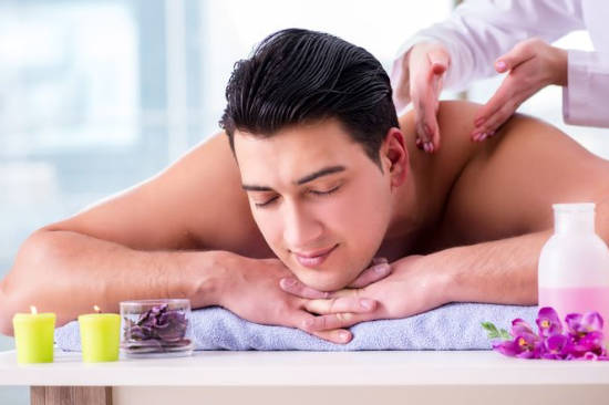 Male Body Massage in Delhi